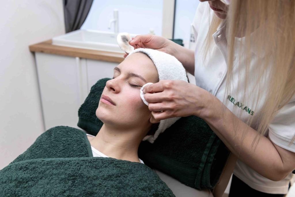 Kosmetik für Frauen von Relexans in Dinkelsbühl